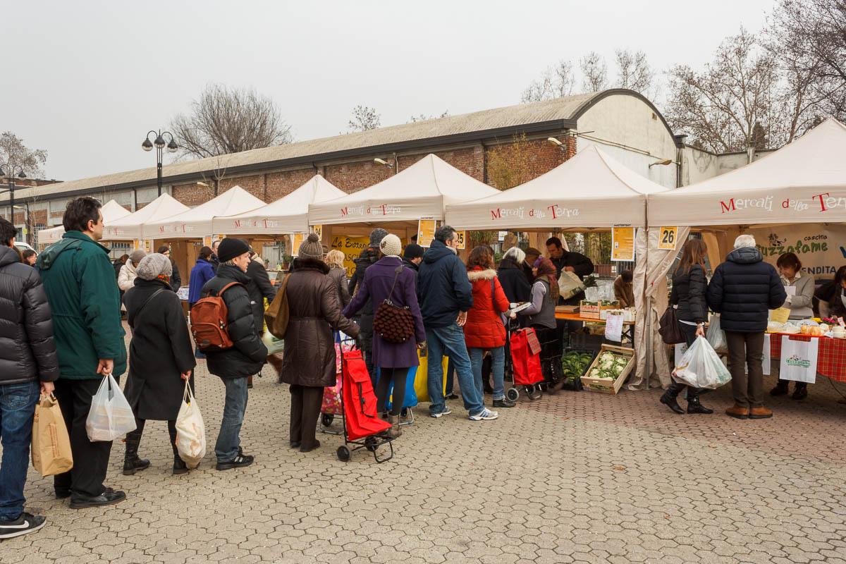 Bio milano mercati a milano milano bio sabato il for Mercato frutta e verdura milano