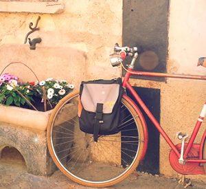 Domenica tour in bici tra mercatini e palazzi