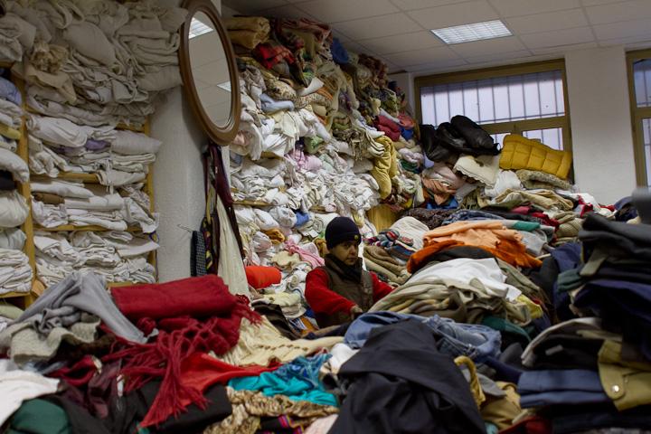 Il mercatino di lambrate survivemilano for Mercato mobili usati
