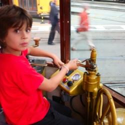 Giochiamo a guidare tram,  filobus e metro