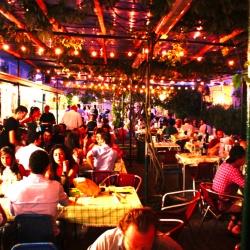 Un'allegra serata alla Balera dell'Ortica