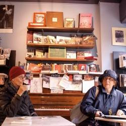 La Libreria del Mondo Offeso (con caffetteria)