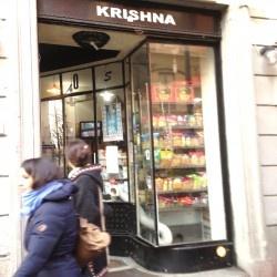 Il negozio degli alimentari e cosmetici indiani