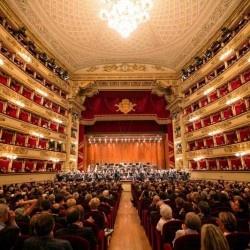 Come andare alla Scala spendendo solo 5 euro (e aiutando la ricerca)