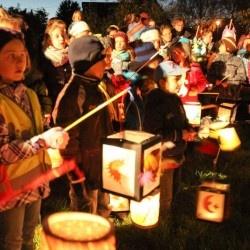 La sfilata delle lanterne a Parco Sempione